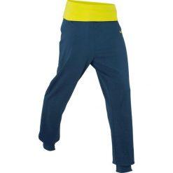 Spodnie dresowe z wywijanym paskiem, długie bonprix ciemnoniebieski. Spodnie dresowe damskie marki bonprix. Za 49.99 zł.