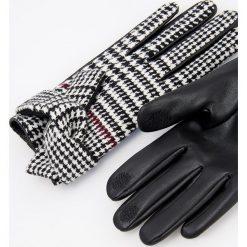 Rękawiczki - Wielobarwn. Szare rękawiczki damskie Reserved. Za 49.99 zł.