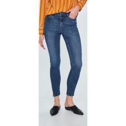 Vero Moda - Jeansy Zipper. Niebieskie jeansy damskie Vero Moda. W wyprzedaży za 89.90 zł.