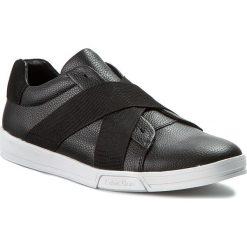 Półbuty CALVIN KLEIN - Baku Tumbled Leather F0798 Blk Black. Czarne półbuty na co dzień męskie Calvin Klein, ze skóry ekologicznej. W wyprzedaży za 329.00 zł.