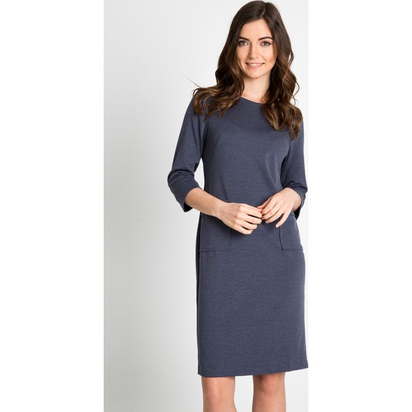 4a13c4582c Granatowa sukienka z kieszeniami na biodrach QUIOSQUE - Szare ...