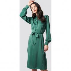 NA-KD Sukienka midi z bufiastym rękawem - Green. Zielone sukienki damskie NA-KD, z falbankami, z długim rękawem. Za 181.95 zł.