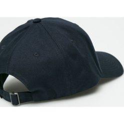 True Spin - Czapka Curved Hip Hop. Czarne czapki i kapelusze męskie True Spin. W wyprzedaży za 49.90 zł.