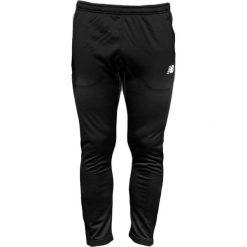 New Balance EMP6126BK. Spodnie sportowe męskie marki bonprix. W wyprzedaży za 179.99 zł.