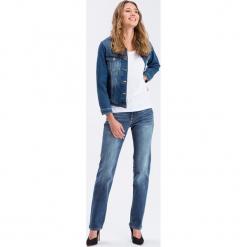 """Dżinsy """"Rose"""" - Regular fit - w kolorze niebieskim. Niebieskie jeansy damskie Cross Jeans. W wyprzedaży za 136.95 zł."""