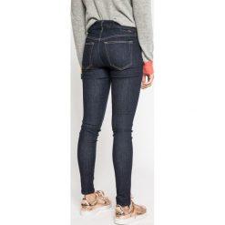 Diesel - Jeansy Slandy. Niebieskie jeansy damskie Diesel. W wyprzedaży za 359.90 zł.