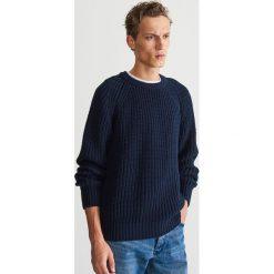 Sweter z wełną - Granatowy. Niebieskie swetry przez głowę męskie Reserved, z wełny. Za 199.99 zł.