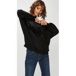Only - Bluza. Czarne bluzy damskie Only, z aplikacjami, z bawełny. Za 169.90 zł.