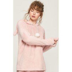 Pluszowa piżama z kapturem - Różowy. Piżamy damskie marki MAKE ME BIO. W wyprzedaży za 49.99 zł.