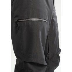 The North Face URSA GTX Spodnie narciarskie asphalt grey. Spodnie snowboardowe męskie marki WED'ZE. W wyprzedaży za 944.10 zł.