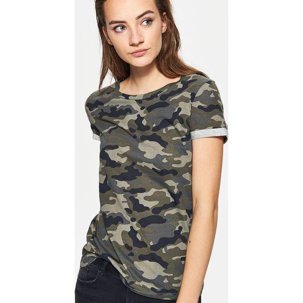 07daac246 Koszulka moro - Khaki - T-shirty damskie Cropp. Za 29.99 zł. - T ...