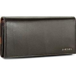 Duży Portfel Damski DIESEL - 24 A Day X04129 P1074 H4974. Czarne portfele damskie Diesel, ze skóry. W wyprzedaży za 349.00 zł.