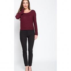 """Spodnie """"Sellier"""" w kolorze czarnym. Czarne spodnie materiałowe damskie Scottage, w paski. W wyprzedaży za 86.95 zł."""