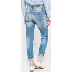 Pepe Jeans - Jeansy. Niebieskie jeansy damskie Pepe Jeans. W wyprzedaży za 299.90 zł.