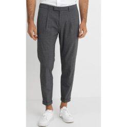 Strellson BRIDGED Spodnie garniturowe black. Eleganckie spodnie męskie marki House. Za 599.00 zł.