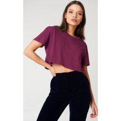 NA-KD Basic Krótki T-shirt oversize - Purple. Fioletowe t-shirty damskie NA-KD Basic, z bawełny. W wyprzedaży za 20.48 zł.