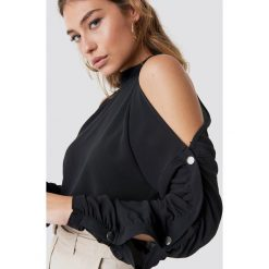 Rut&Circle Bluza z guzikami na rękawach - Black. Czarne bluzy damskie Rut&Circle, z materiału. Za 161.95 zł.