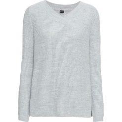 Sweter z dekoltem w serek bonprix jasnoszary melanż. Swetry damskie marki bonprix. Za 89.99 zł.