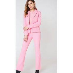 2NDDAY Spodnie Create - Pink. Różowe spodnie materiałowe damskie 2NDDAY, z haftami. W wyprzedaży za 194.39 zł.