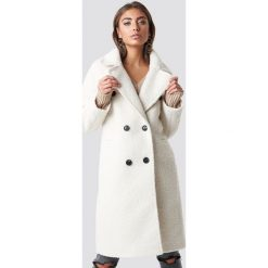 Luisa Lion x NA-KD Dwurzędowy płaszcz - White,Offwhite. Białe płaszcze damskie Luisa Lion x NA-KD. Za 404.95 zł.