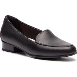 Półbuty CLARKS - Juliet Lora 261365774 Black Leather. Czarne mokasyny damskie Clarks, z materiału. W wyprzedaży za 219.00 zł.