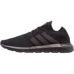Adidas Originals SWIFT RUN PK Tenisówki i Trampki core black/grey five. Trampki męskie adidas Originals, z materiału. W wyprzedaży za 349.30 zł.