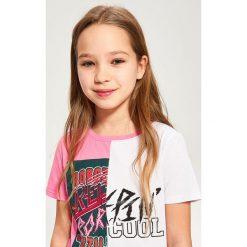 Dwukolorowy t-shirt - Różowy. T-shirty damskie marki bonprix. W wyprzedaży za 14.99 zł.