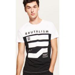 T-shirt z nadrukiem - Biały. Białe t-shirty męskie House, z nadrukiem. Za 39.99 zł.