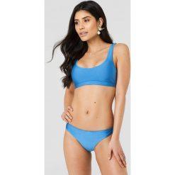 Hannalicious x NA-KD Krótki top bikini - Blue. Niebieskie bikini damskie Hannalicious x NA-KD. W wyprzedaży za 40.48 zł.