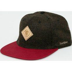 True Spin - Czapka Chevron. Brązowe czapki i kapelusze męskie True Spin. W wyprzedaży za 59.90 zł.