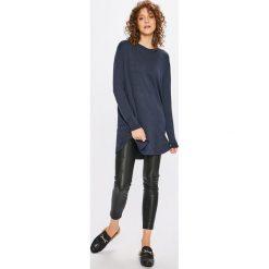 Tommy Jeans - Sweter. Swetry damskie marki Tommy Jeans. W wyprzedaży za 319.90 zł.