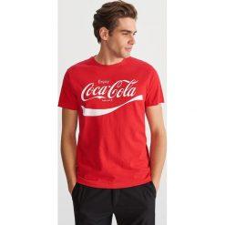 T-shirt z nadrukiem - Czerwony. T-shirty damskie marki Reserved. Za 59.99 zł.