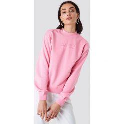 NA-KD Bluza z haftem NA-KD - Pink. Różowe bluzy damskie NA-KD, z haftami. W wyprzedaży za 85.37 zł.