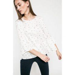 Answear - Bluzka. Szare bluzki damskie ANSWEAR, z tkaniny, casualowe, z okrągłym kołnierzem. W wyprzedaży za 59.90 zł.