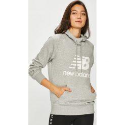 New Balance - Bluza. Szare bluzy damskie New Balance, z nadrukiem, z bawełny. W wyprzedaży za 219.90 zł.