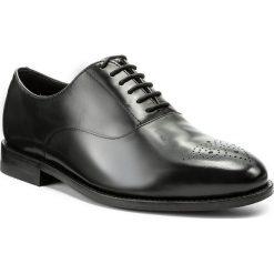 Półbuty CLARKS - Ellis Vincent 261273807 Black Leather. Czarne eleganckie półbuty Clarks, z materiału. W wyprzedaży za 439.00 zł.