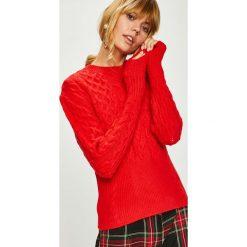Answear - Sweter. Czerwone swetry damskie ANSWEAR, z dzianiny, z okrągłym kołnierzem. Za 159.90 zł.