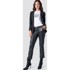 Rut&Circle Proste spodnie PU - Black. Czarne spodnie materiałowe damskie Rut&Circle, z materiału. Za 202.95 zł.