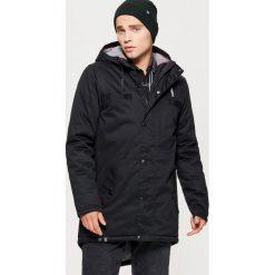 Kurtka typu parka na zimę - Czarny. Czarne kurtki męskie Cropp, na zimę. Za 329.99 zł.