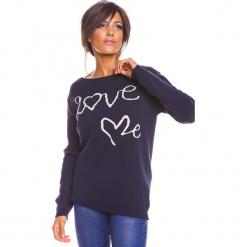 """Sweter """"Love"""" w kolorze granatowym. Niebieskie swetry damskie So Cachemire, z kaszmiru, z okrągłym kołnierzem. W wyprzedaży za 173.95 zł."""
