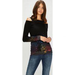 Desigual - Sweter. Czarne swetry damskie Desigual, z bawełny, z dekoltem w łódkę. Za 349.90 zł.