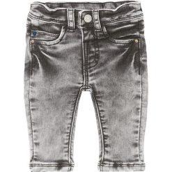"""Dżinsy """"Gardner"""" w kolorze szarym. Jeansy dla chłopców marki Reserved. W wyprzedaży za 59.95 zł."""