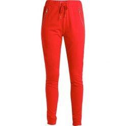 Rue de Femme BOGOTA Spodnie treningowe red. Spodnie sportowe damskie Rue de Femme, z bawełny. Za 419.00 zł.