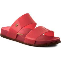 Klapki MELISSA - Cosmic Ad 31613 Pink Neon 53220. Czerwone klapki damskie Melissa, z tworzywa sztucznego. W wyprzedaży za 169.00 zł.
