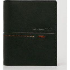 VIP COLLECTION - Portfel skórzany Beverly Hils 90. Czarne portfele męskie VIP COLLECTION, z materiału. W wyprzedaży za 179.90 zł.