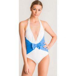 a4ceb848272b3d Niebiesko-biały jednoczęściowy strój kąpielowy Twinset U&B z kokardą. Białe  kostiumy jednoczęściowe damskie Twinset