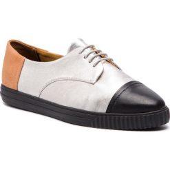 Półbuty GEOX - D Almathia D D721MD 0BV85 C0474 Silver/Black. Półbuty damskie marki Nike. W wyprzedaży za 259.00 zł.