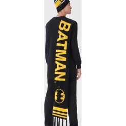Szalik Batman - Czarny. Czarne szaliki męskie House, z motywem z bajki. Za 59.99 zł.