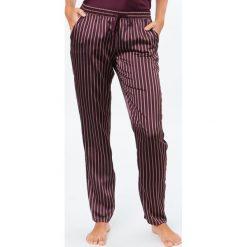 Etam - Spodnie piżamowe Sandrine. Szare piżamy damskie Etam, z poliesteru. W wyprzedaży za 69.90 zł.