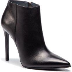 Czarne obuwie damskie Simple, bez obcasa Kolekcja wiosna